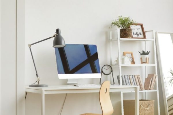 Clean-and-Bright-Office-900x525